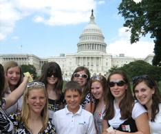 Middle School students learn near the White House